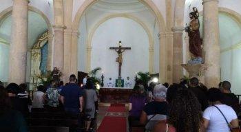 O lançamento contou com missa celebrada pelo arcebispo de Olinda e Recife, dom Fernando Saburido