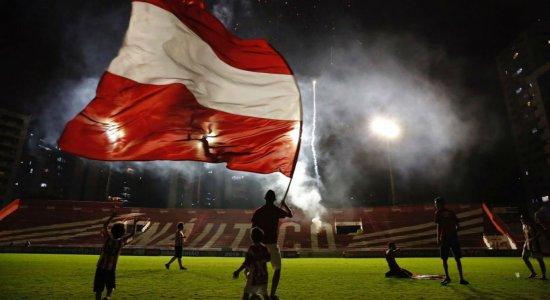 Sede do Náutico em festa pelo título de Campeão Brasileiro da Série C