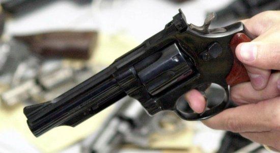 Homem morre e outro é baleado durante briga no bairro de Boa Viagem