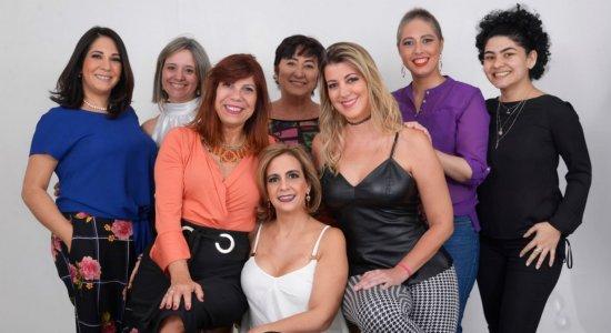 Exposição apresenta calendário 2020 com mulheres que venceram o câncer