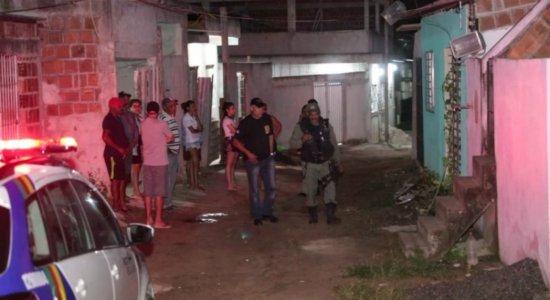 Garçom é morto a tiros quando dormia em Jaboatão dos Guararapes