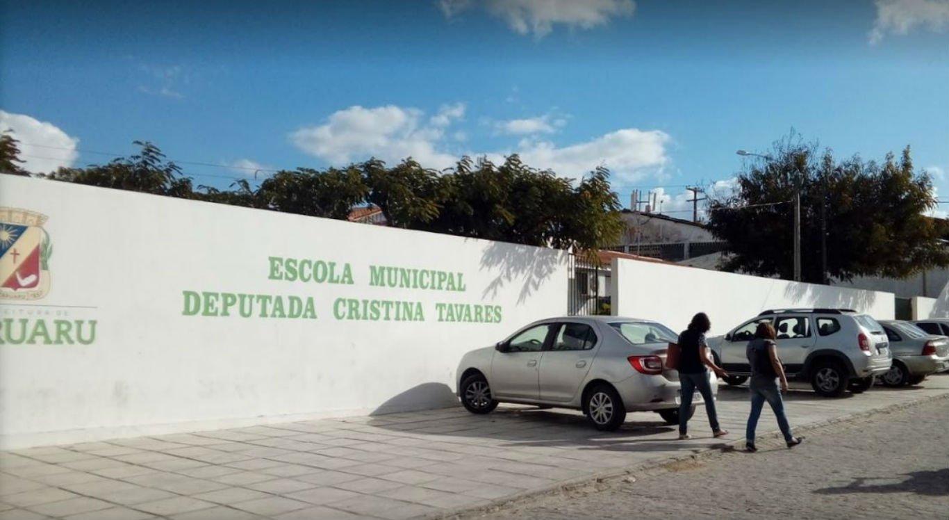 Assalto aconteceu na Escola Municipal Deputada Cristina Tavares, em Caruaru