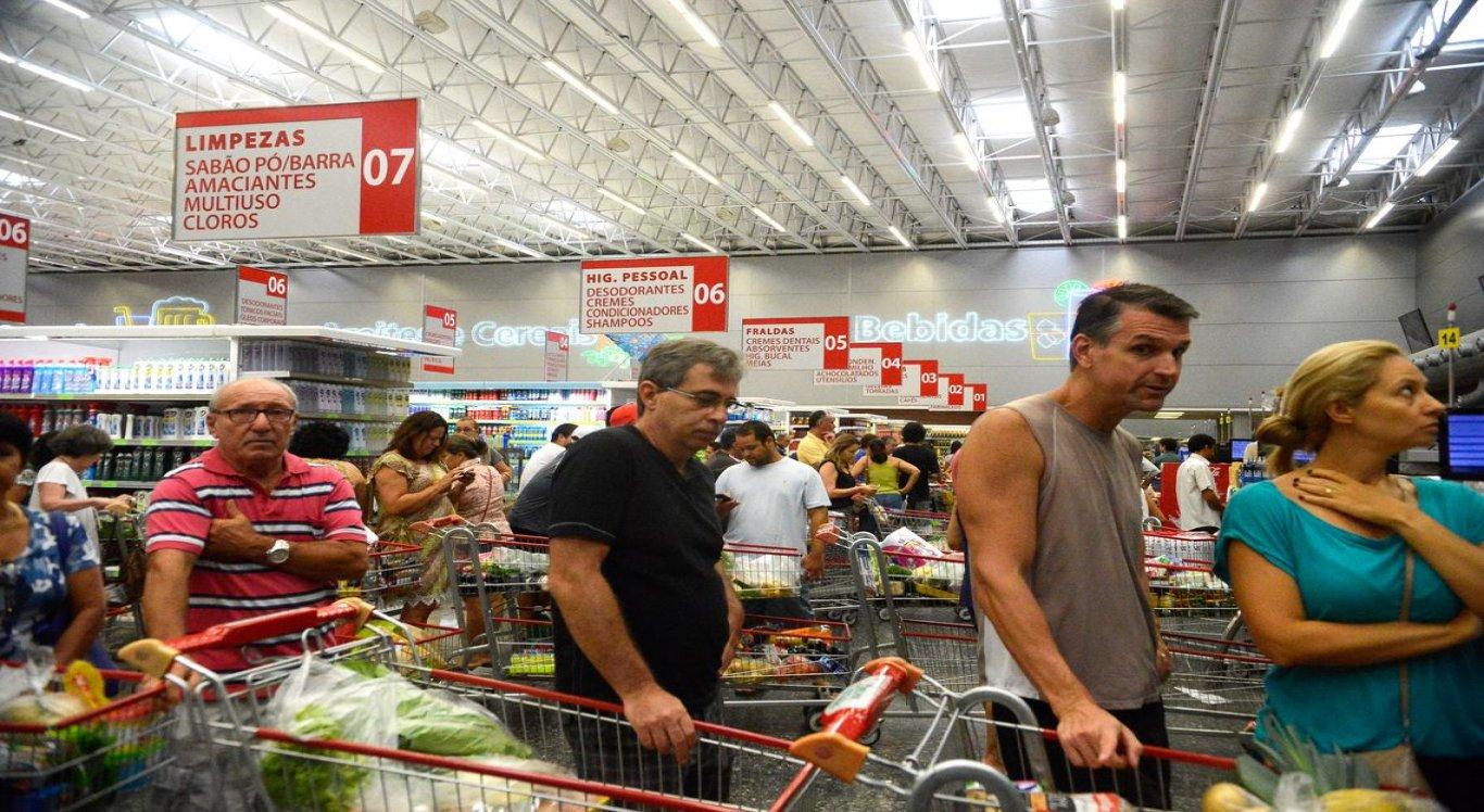 Inflação oficial do país é de 2,49% no ano e de 2,89% em 12 meses