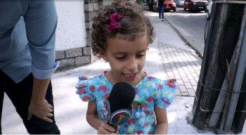 Marina Ferro, de apenas 6 anos, quer ser repórter