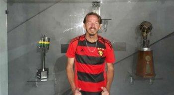 Marivaldo Francisco da Silva tem 47 anos e está desempregado