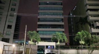 O inquilino do apartamento o empresário ex dono de um call center Bruno Aladim Chaves Cordeiro, de 30 anos, foi autuado em flagrante