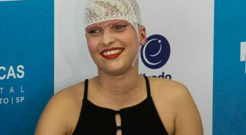 Débora participou de entrevista coletiva nesta quinta-feira (11), no hospital