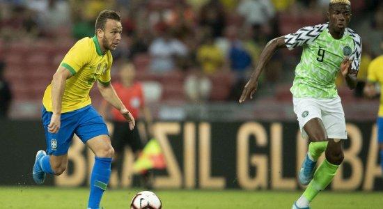 Ouça os gols do empate entre Brasil x Nigéria na voz de Aroldo Costa
