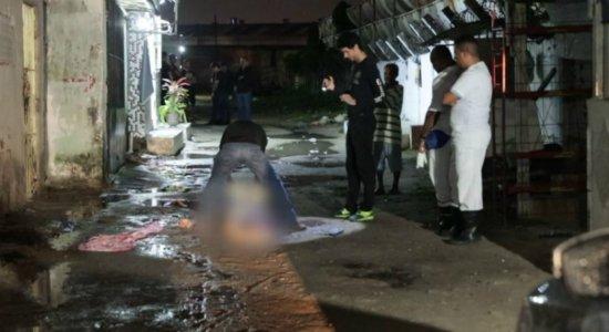 Jovem é assassinado a tiros perto de casa na Zona Sul do Recife