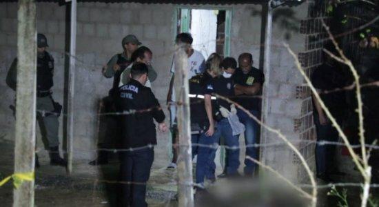 Adolescente e amigo são mortos a tiros enquanto conversavam em Moreno