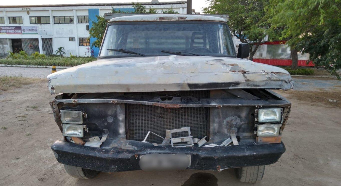 Gari foi detido após furtar carro, atropelar pessoas e colidir com veículos em Caruaru