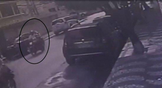Homem suspeito de praticar vários assaltos na Orla de Boa Viagem é preso