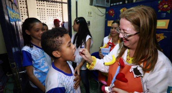 Campanha estadual contra verminoses atende 2,5 mil escolas no Estado