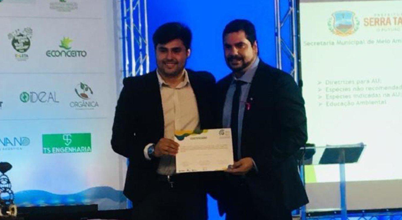 Secretário Ronaldo Melo Filho recebe certificado no X SBEAS