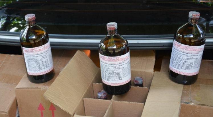 PF prende suspeitos de transportar clorofórmio para produção de drogas