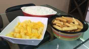Arroz Carioca, Mix de Frutas e Macaxeira Frita
