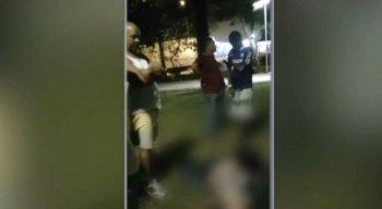 A vítima tentou correr e acabou sendo atingida nas costas