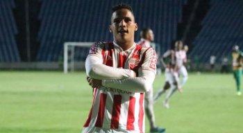 Thiago marcou oito gols em 39 jogos disputados pelo Timbu