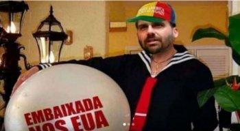 Joice Hasselmann e Eduardo Bolsonaro trocaram ''farpas'' nas redes sociais