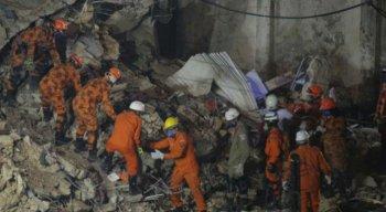 Até o momento, o acidente deixou oito mortos e sete pessoas feridas.