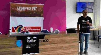 """O PHPeste é uma conferência de PHP organizada pelas comunidades """"cabra da peste"""" do nordeste brasileiro."""