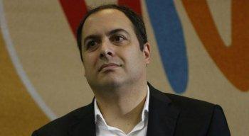 Paulo Câmara e Jair Bolsonaro ''brigam'' por paternidade do 13º do Bolsa Família