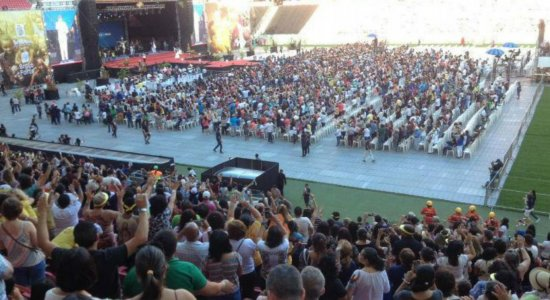 Obra de Maria: Ingressos começam a ser vendidos para show na Arena de Pernambuco