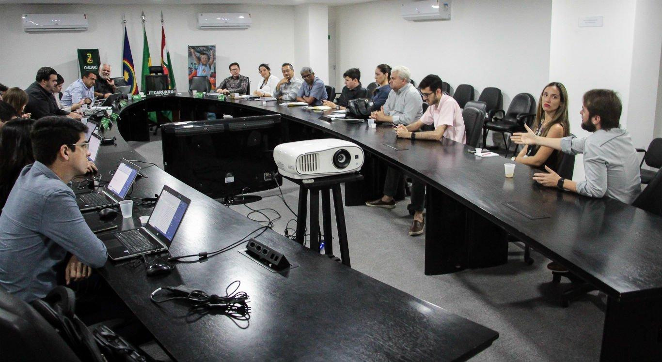 Reunião de secretários municipais foi realizada nesta segunda-feira