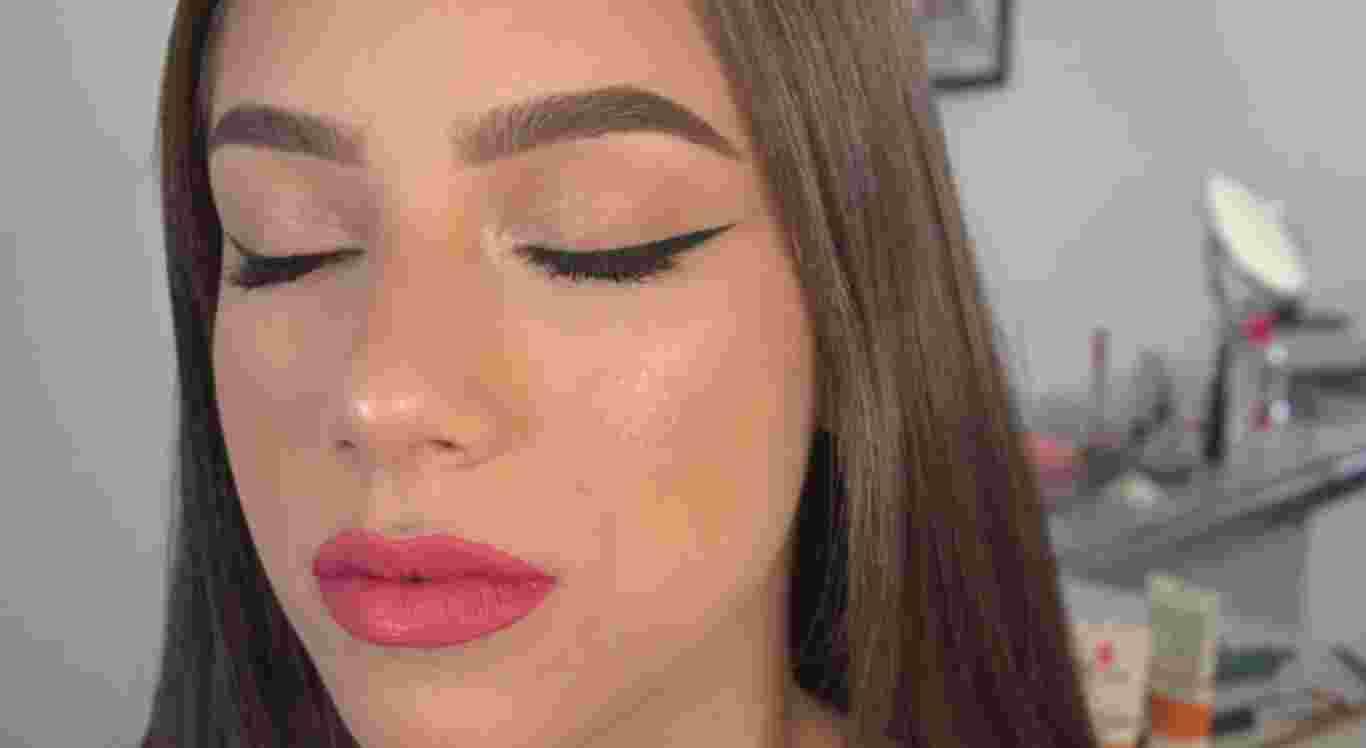 Maquiagem simples pode ser feita de forma rápida