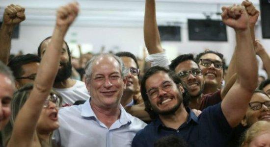 Ciro reafirma candidatura de Túlio Gadêlha a prefeito do Recife
