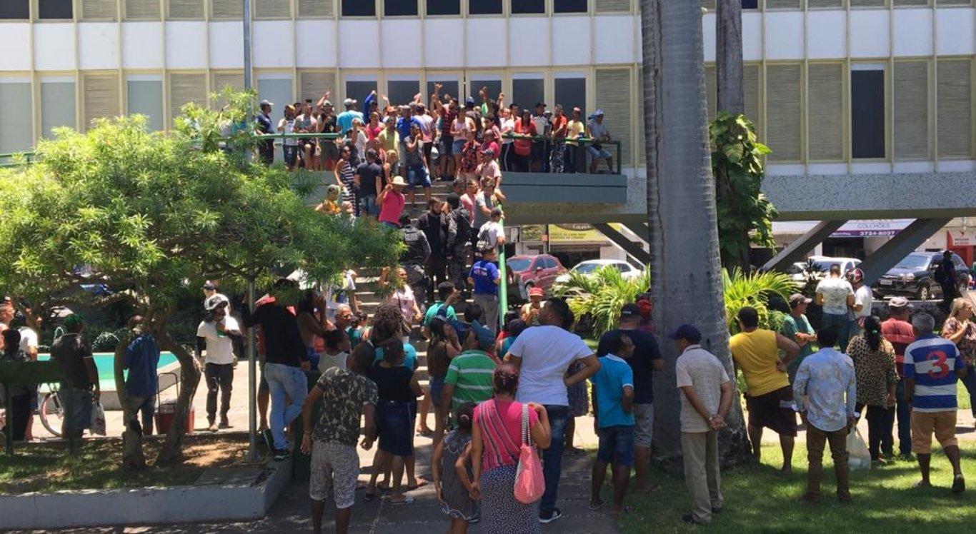 Ambulantes fazem protesto em Caruaru
