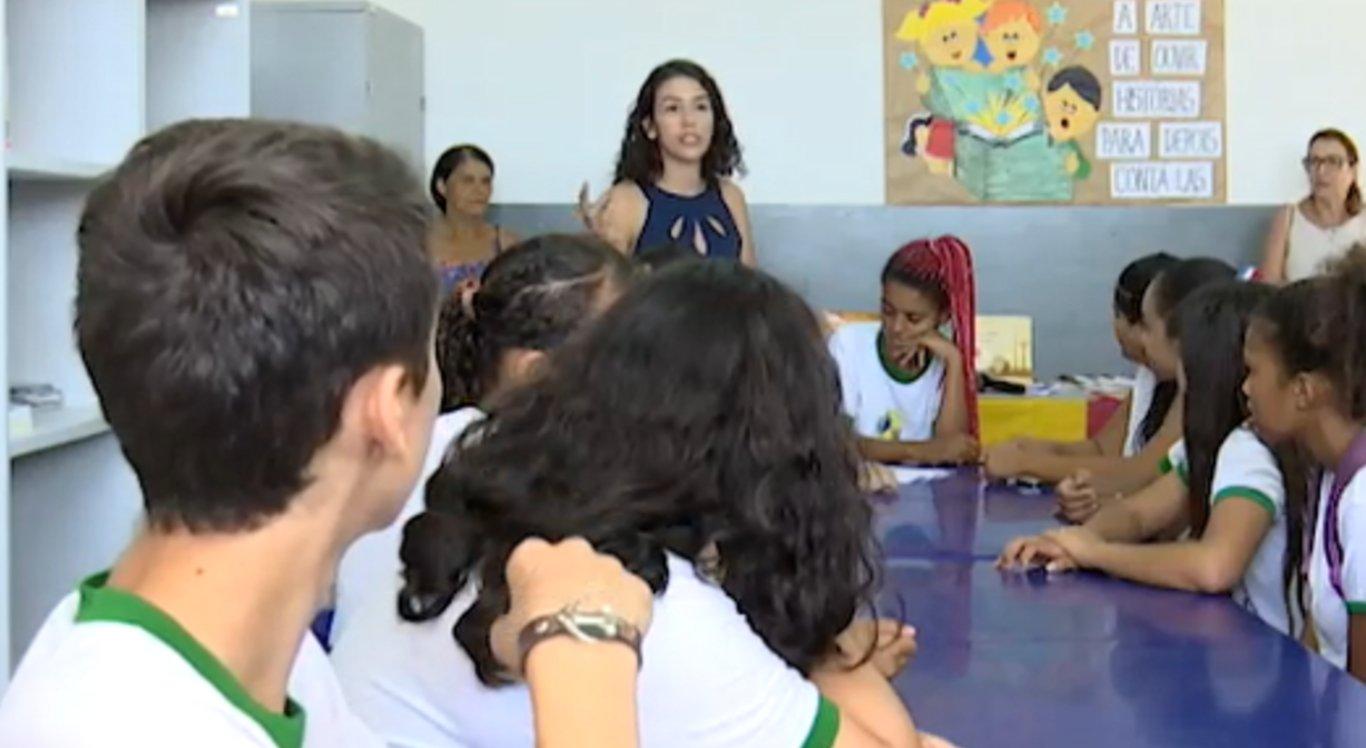 Ação educativa mostra como funciona a atividade legislativa da Câmara para os alunos