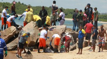 A falta de materiais de proteção individual está atrapalhando a atuação dos voluntários