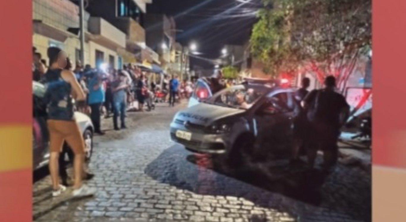 Homem é morto a tiros em barbearia em Caruaru