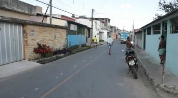 Os dois homens foram levados para o Hospital Miguel Arraes, em Paulista