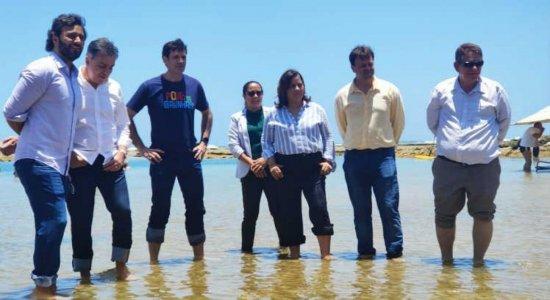 Ministro do Turismo diz que praias do NE estão 'completamente limpas'
