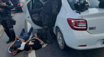 Eles haviam roubado um carro na BR 101, nas proximidades da Ceasa