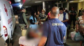 Policiais do Departamento de Homicídios e Proteção à Pessoa (DHPP) investigam o caso