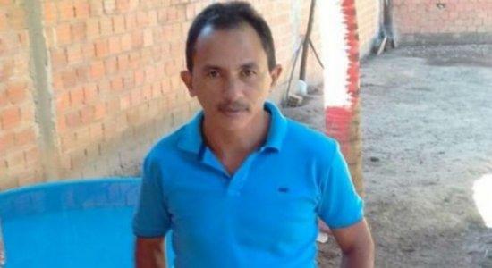 Manoel Gomes, dono do hit ''Caneta Azul'', aparece com suposta namorada