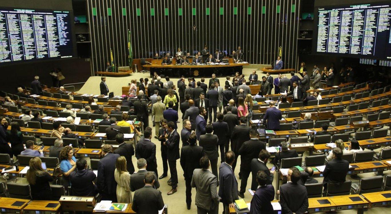 Câmara pode votar projeto que amplia porte de armas de fogo no país
