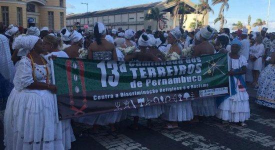 Caminhada dos Terreiros realiza cortejo no Recife Antigo