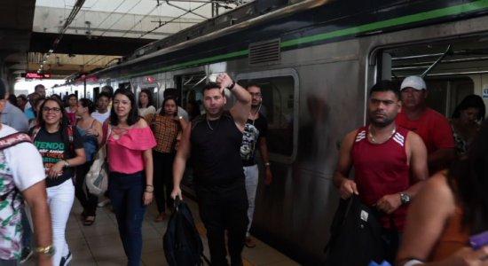 Após paralisação, Metrô do Recife volta a funcionar