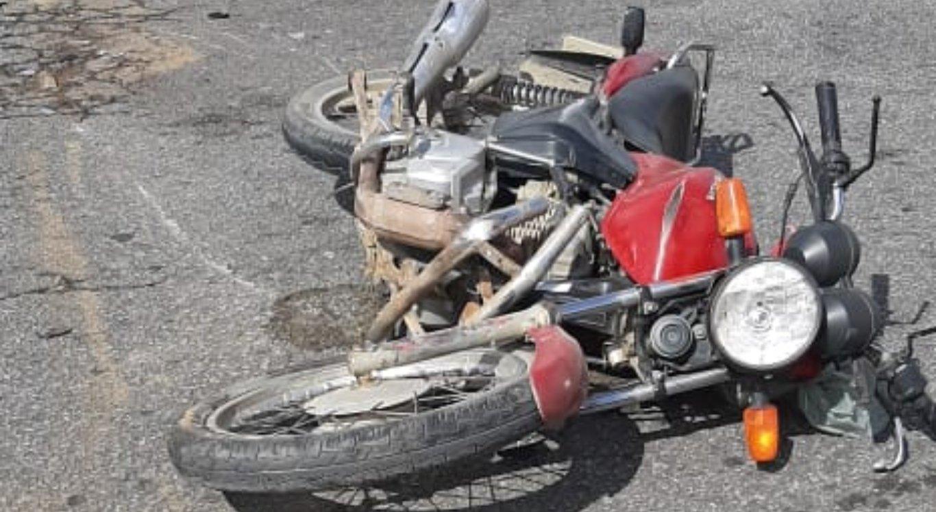 Acidente em Limoeiro deixou um morto e outro ferido