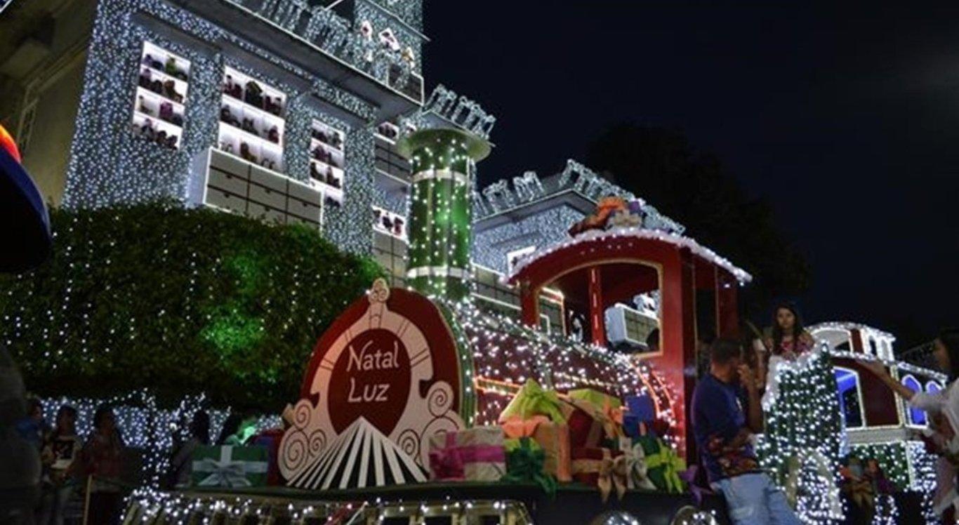 Sesc promove excursão para Magia do Natal de Garanhuns