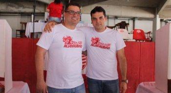 Edno Melo (E) e Diógenes Braga (D) receberam o apoio de ex-presidentes do Náutico