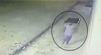 o crime foi registrado por circuitos de câmeras de segurança