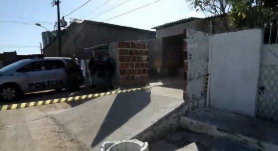 Mulher é encontrada morta em rua de Jardim São Paulo