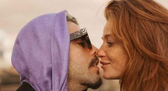 Após assumir romance, Pedro Scooby manda indireta para ex-namorada