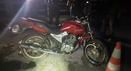 Casal estava em uma motocicleta