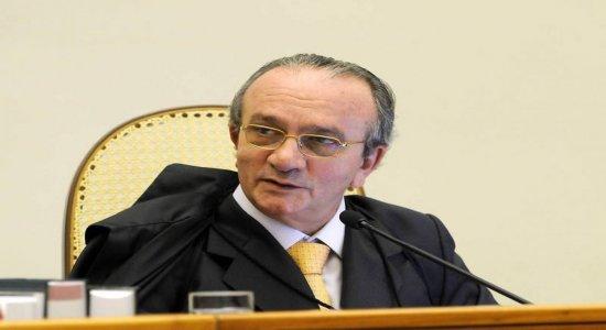 PF cumpre mandados de busca e apreensão contra ex-ministro do STJ em São Paulo